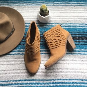 Jessica Simpson Claireen Leather Heeled Booties 10